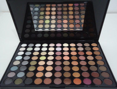 88 COLORS EYESHADOW