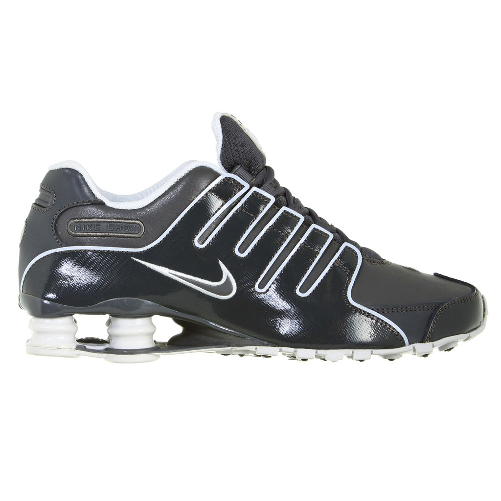 pretty nice 22a11 f8dec ... nike shox rivalry schwarz 42 5 Nike Shox NZ ...