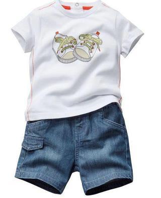 Conjunto 2 peças Camiseta + Bermudinha Jeans R$ 55 á vista pronta entrega!