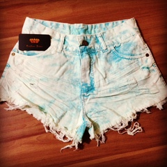 Short jeans customizada darbluey